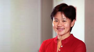 Dr Chern Lo